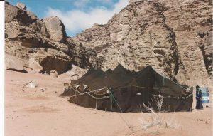 Nieve en el desierto, Tienda beduina 2 (FILEminimizer)
