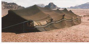 Nieve en el desierto, Tienda beduina (FILEminimizer)