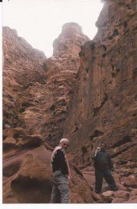 Nieve en el desierto, Wadi Rum, rocas (FILEminimizer)